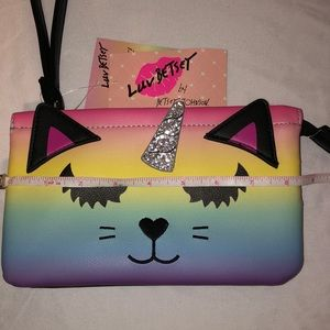 Betsey Johnson Bags - 🦄NWT Betsey Johnson Purse / Pouch🦄